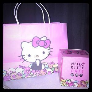 Hello Kitty Cafe Box and Hello Kitty Cafe Bag